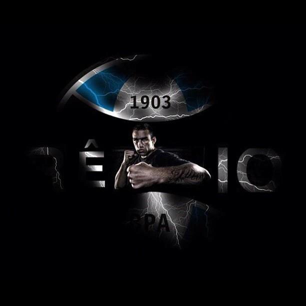 Fabrício Werdum lança campanha para ser patrocinado pelo Grêmio no UFC Rio 3 (Foto: Reprodução - Instagram)