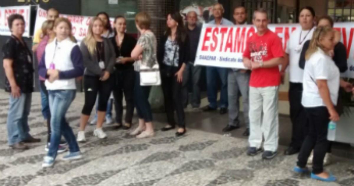 Depois de dois dias, funcionários da Faculdade Evangélica ... - Globo.com