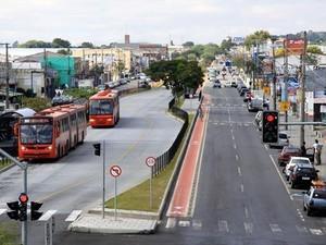 Paraná TV 1ª Edição ônibus (Foto: Valdecir Galor/Divulgação/ SMCS/ G1 PR)
