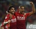 Com gols de Paulinho, Goulart e Alan, Guangzhou goleia e mantém liderança