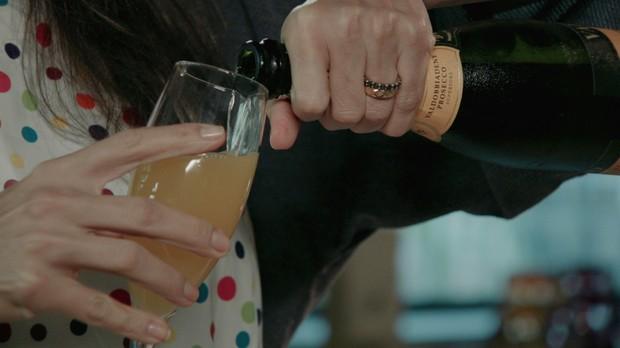 'Receitas da Carolina' - Carolina Ferraz - Episdio 02 - Mimosa drinque (Foto: Reproduo / GNT)