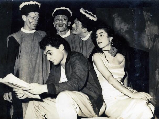 A peça 'A Noiva do Véu Negro', no Teatro Duse, em 1955 (Foto: Divulgação)