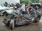 Três homens morrem em batida com três veículos em Pomerode, SC