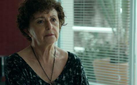 Ana Lúcia Torre é Hilda em 'Verdades secretas' (Foto: Reprodução)
