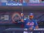 Com frieza, jogador do NY Mets 'salva' colegas de time ao agarrar taco voador
