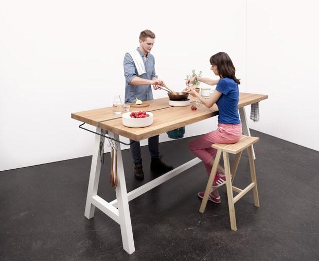 Design alem o mesa fog o invade a sala casa vogue m veis - Mesas de cocina originales ...