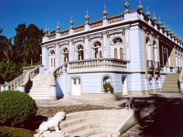 Exposição apresenta exemplares da arquitetura dos séculos 18,19 e 20 (Foto: Macaxeira/Divulgação)