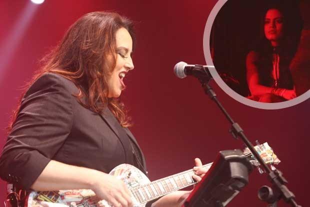 Leticia Lima assiste ao show de Ana Carolina (Foto: Anderson Borde/Agnews)