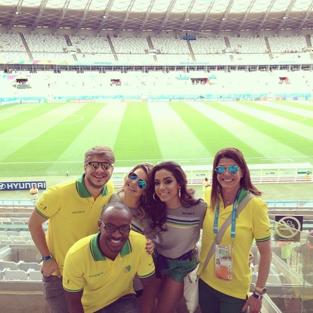 Thiaguinho e Anitta (Foto: Reprodução/Instagram)