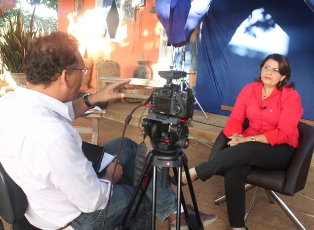 """Neya Gonçalves explicou a sua relação com com os projetos da TV Grande Rio: """"Emoção Fantástica"""". (Foto: Institucional/TV Grande Rio)"""