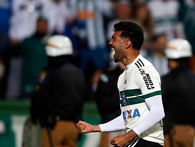 Alan Santos, Coritiba, Avaí, Couto Pereira