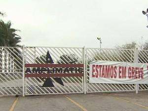 Fachada da fábrica da Amplimatic, em São José dos Campos. (Foto: Reprodução/TV Vanguarda)