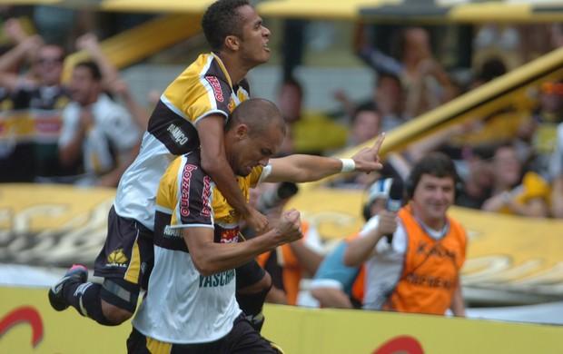 Sueliton Marcel Criciúma Joinville (Foto: Maurício Vieira / Agência RBS)