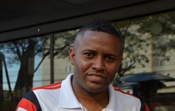 """Ex-Vasco é atração de futebol amador em São Paulo: """"Várzea é organizada"""""""