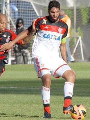 Dinei e Wallace Vitória x Flamengo (Foto: Romildo de Jesus / Agência Estado)