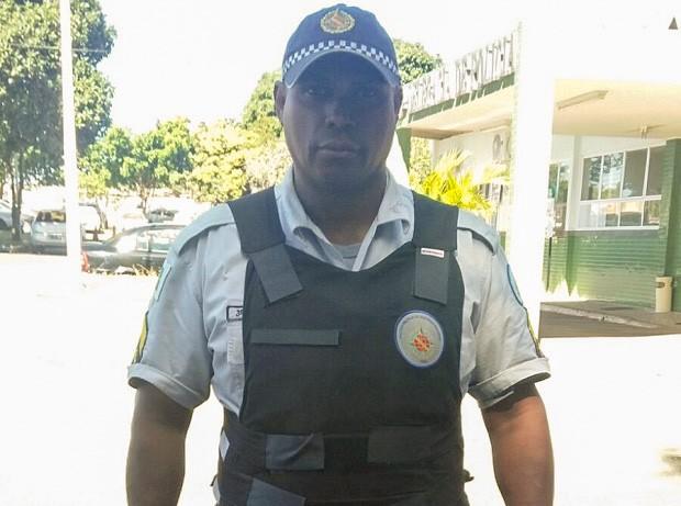 O sargento Antônio Vantuir Clemente de Souza, que conta ter sido ofendido por usuária de drogas no DF (Foto: Polícia Militar/Divulgação)