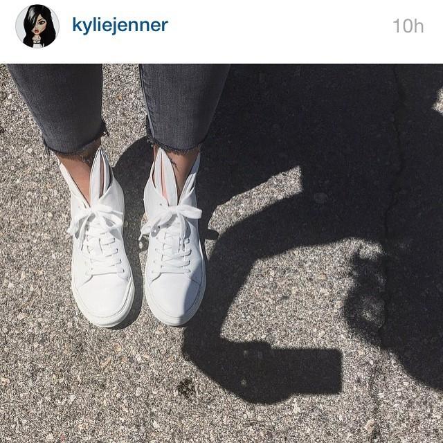 Kylie Jenner é fã assumida das criações de Minna Parikka (Foto: Instagram/Reprodução)
