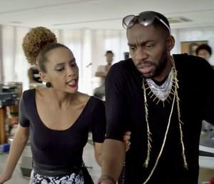 Michele fica uma fera com Brau quando descobre que Andrea é a nova bailarina (Foto: TV Globo)