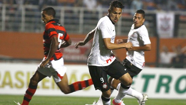 Guerrero, Corinthians x Atlético-GO (Foto: Marcos Bezerra / Agência Estado)