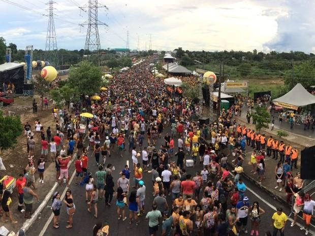 Milhares de pessoas curtem Galo de Manaus (Foto: Rickardo Marques/G1 AM)