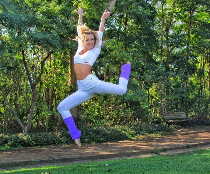 Juliana Valcézia é uma dançarina de mão cheia (Foto: Ricardo Manga)