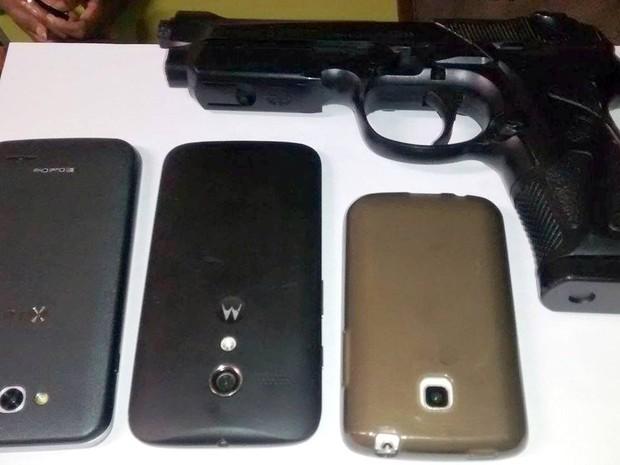 Suspeitos usaram pistola de brinquedo para ameaçar vítimas em Piracicaba (Foto: Valter Martins/Piracicaba em alerta)