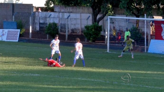 Falhas, pixotadas e lambanças da 4ª rodada do Campeonato Sul-Mato-Grossense (Foto: Reprodução/TV Morena)