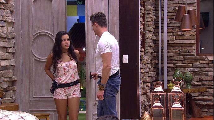 Marcos e Emilly (Foto: TV Globo)