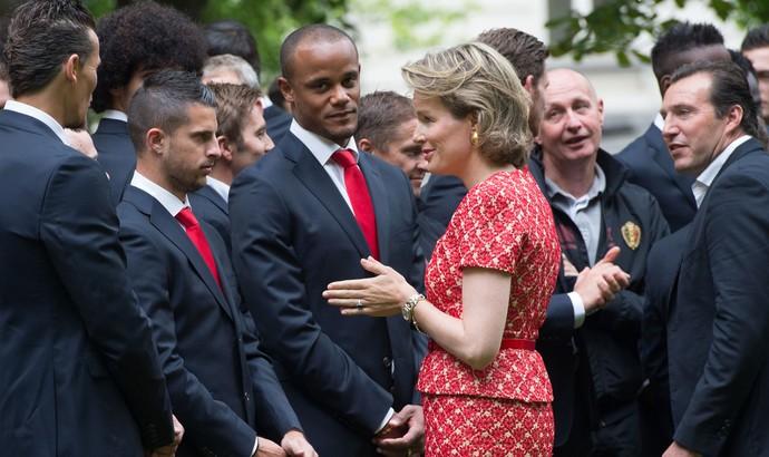 Rei Philippe e Rainha Mathilde, jogadores da Bélgica (Foto: AFP)