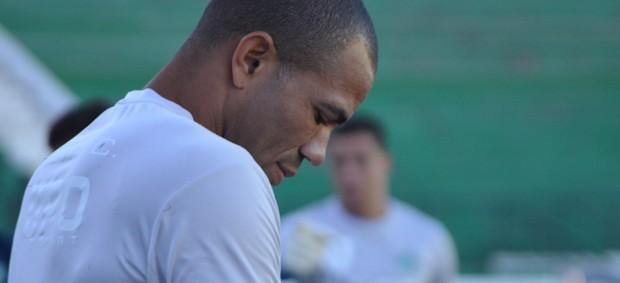 Emerson, goleiro do Guarani-SP (Foto: Bernardo Medeiros/ Globoesporte.com)