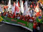 Manifestantes fizeram atos a favor de Dilma Rousseff em 25 estados e DF