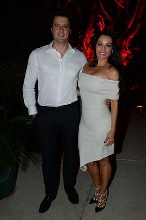 Mônica Carvalho e o marido, Armindo Junior, em festa em São Paulo (Foto: Francisco Cepeda/ Ag. News)