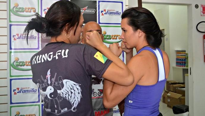 Pesagem do 4º Náuas Combat de MMA, em Cruzeiro do Sul (Foto: Anny Barbosa/G1)