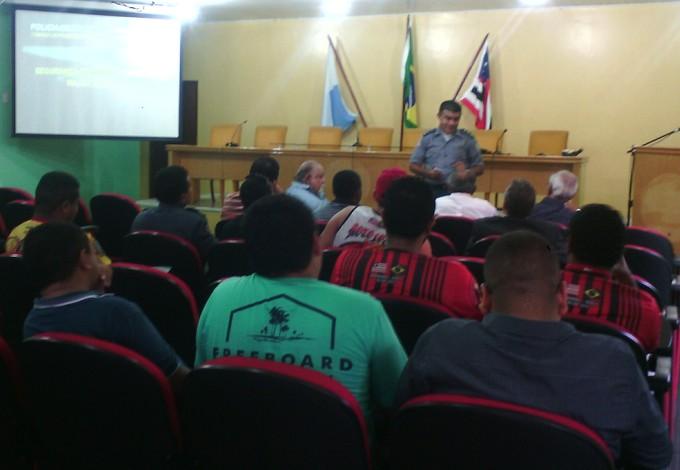 Reunião na Polícia Militar do Maranhão para detalhes sobre Moto x Sampaio (Foto: João Ricardo/Globoesporte.com)