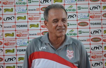 Roberval lamenta derrota e destaca motivação do Estanciano no jogo