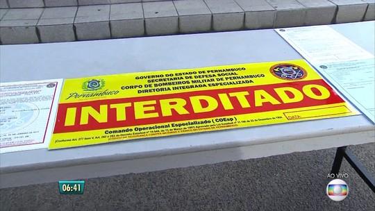 Bombeiros e policiais interditam estabelecimentos por irregularidades e focos de crimes