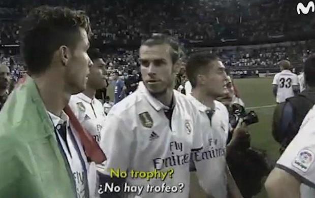 """BLOG: Cristiano Ronaldo se irrita com falta de troféu em festa do Real: """"Piada do c..."""""""