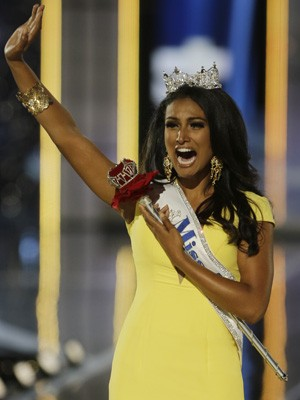 Miss Nova York, Nina Davuluri, venceu o concurso de Miss EUA 2014.  (Foto: AP Photo/Mel Evans)