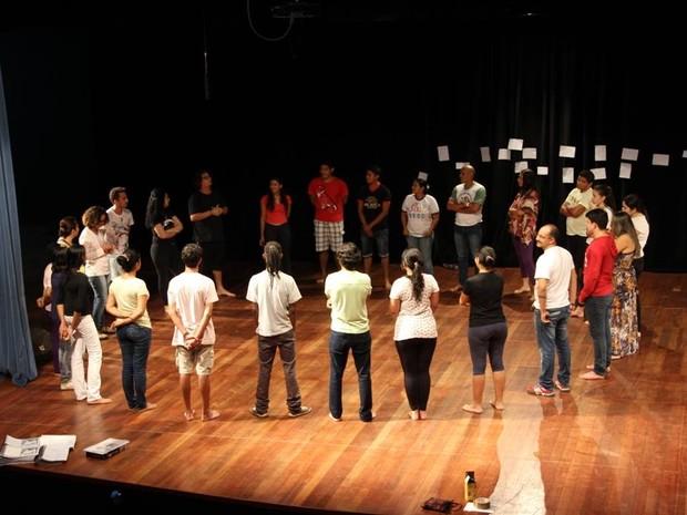 Oficina de artes de cênicas é para pessoas a partir dos 18 anos (Foto: Sesc-RR/Divulgação)
