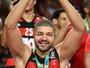 De olho em mais títulos, Fla anuncia renovações de Marcelinho e Olivinha