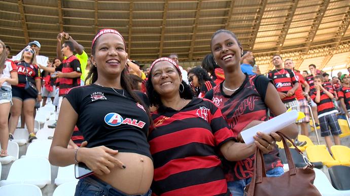 Auxiliar de produção Thayrine Santos (Foto: Reprodução/TV Gazeta)