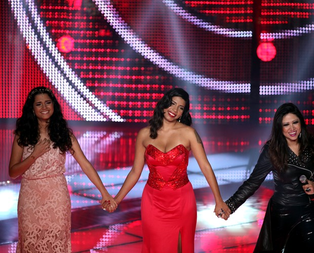 Ana, Naira e SAndra (Foto: The Voice Brasil/TV Globo)