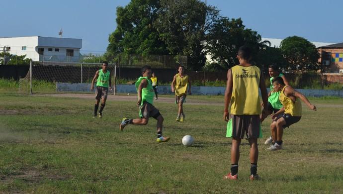 são raimundo treino (Foto: Weldon Luciano/GloboEsporte.com)