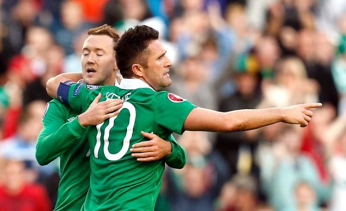 Keane, da Irlanda x Gibraltar (Foto: Reuters)