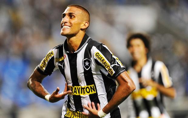 Rafael Marques gol Botafogo x Quissamã (Foto: Fabio Castro / AGIF)