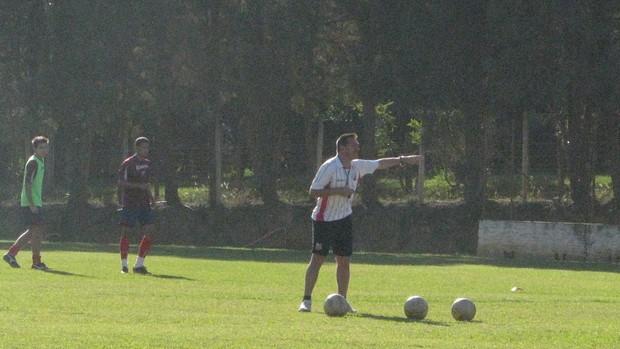 Doriva - técnico da base do Ituano - ex-volante do São Paulo, Seleção, Atlético-MG (Foto: Rafaela Gonçalves / GLOBOESPORTE.COM)