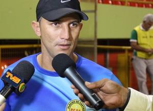 Edivaldo Neri, o Zico, técnico do Plácido de Castro (Foto: João Paulo Maia)