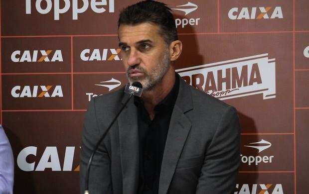 Vagner Mancini; Vitória