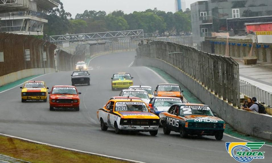 "Largada da corrida 1 na disputa da primeira perna do ""S"" do Senna (Foto: Humberto Silva/OSR)"