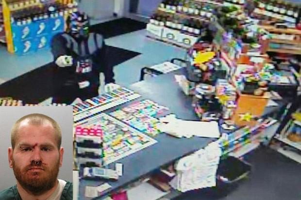 Ladrão fantasiado de Darth Vader se deu mal ao tentar roubar loja na Flórida (Foto: Jacksonville Beach Police Department)
